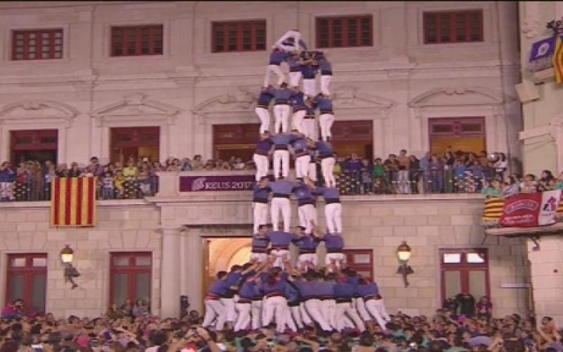 td9fm descarregada ahir pels Caprossos a la plaça Vella de Terrassa. Foto: Capgrossos de Mataró