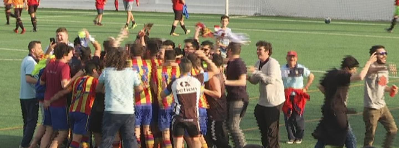 L'Argentona celebra la victòria com un ascens