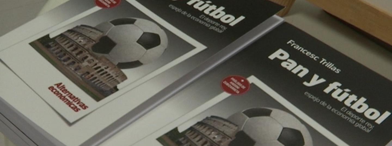 """Exemplars del llibre """"Pa i Futbol"""""""