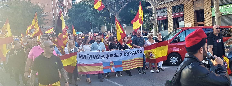 """Manifestació """"Mataró es queda a Espanya"""""""