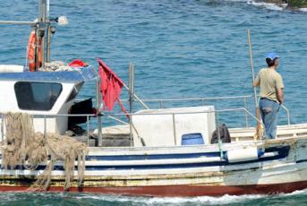 Fotografia d'una barca al Maresme