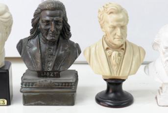 Bust d'autors de música clàssica