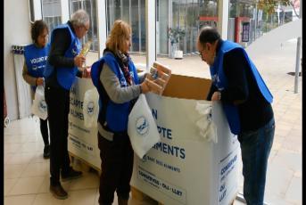 Voluntaris treballant pel Gran Recapte 2017