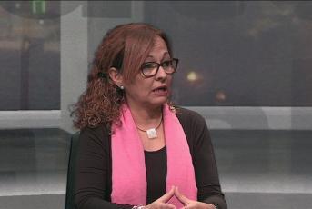 Imatge: Esther Cabrera durant l'entrevista al Mataró al Dia