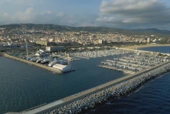 Imatge aèria del port de Mataró